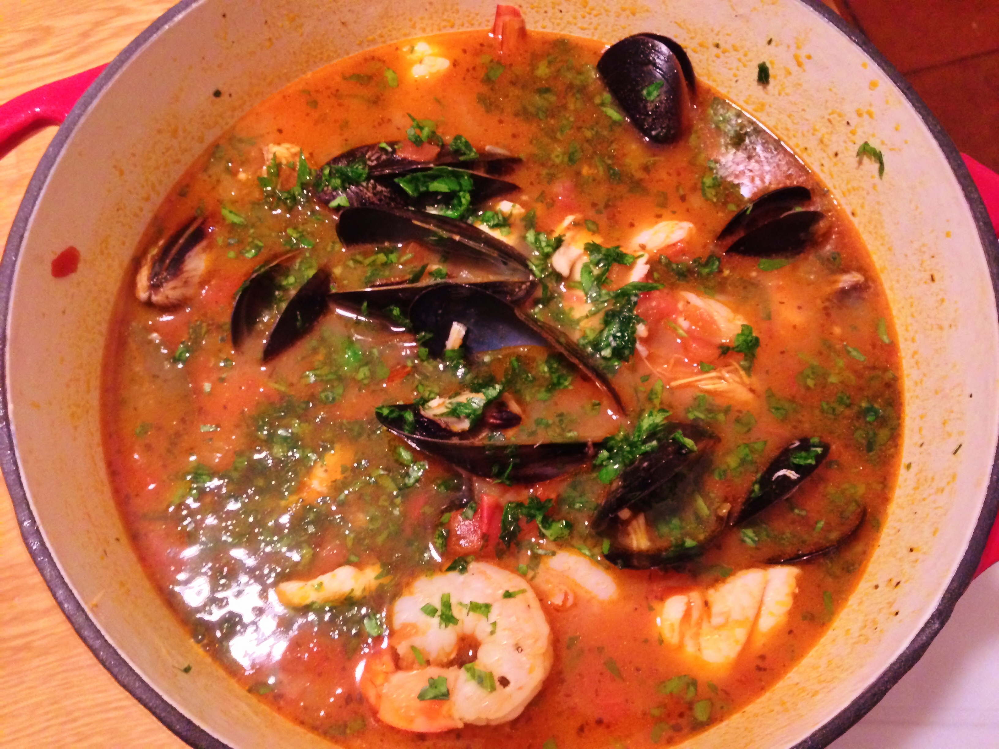 Zuppa di Pesce (Italian Seafood Stew) – Lip Smackingly Delicious